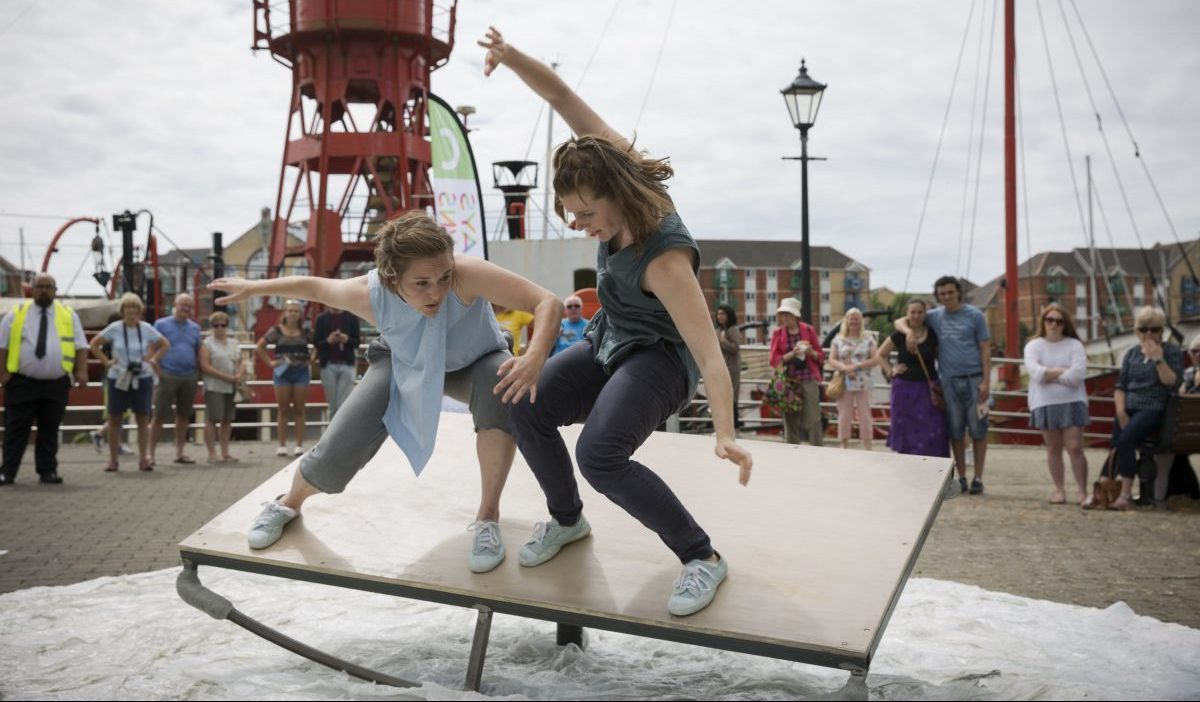 Kapow - Dance Circus Theatre performing Adrift.